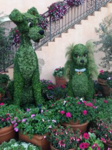 EPCOT Lady and the Tramp topiaries